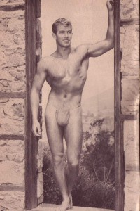 Bodybuilder physique vintage photo