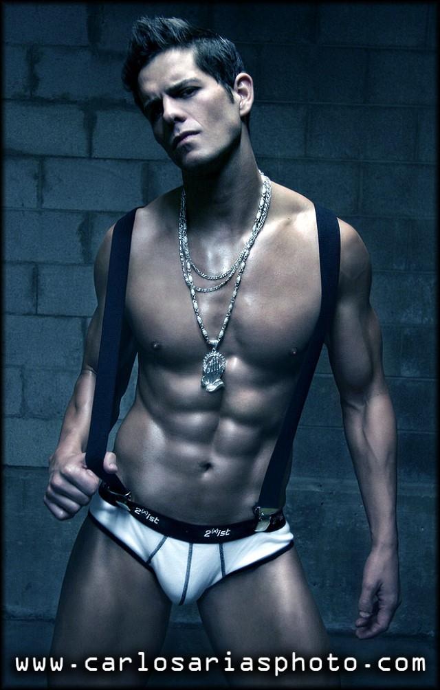 male fintess model Eric Turner