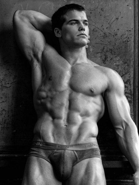american muscle male model