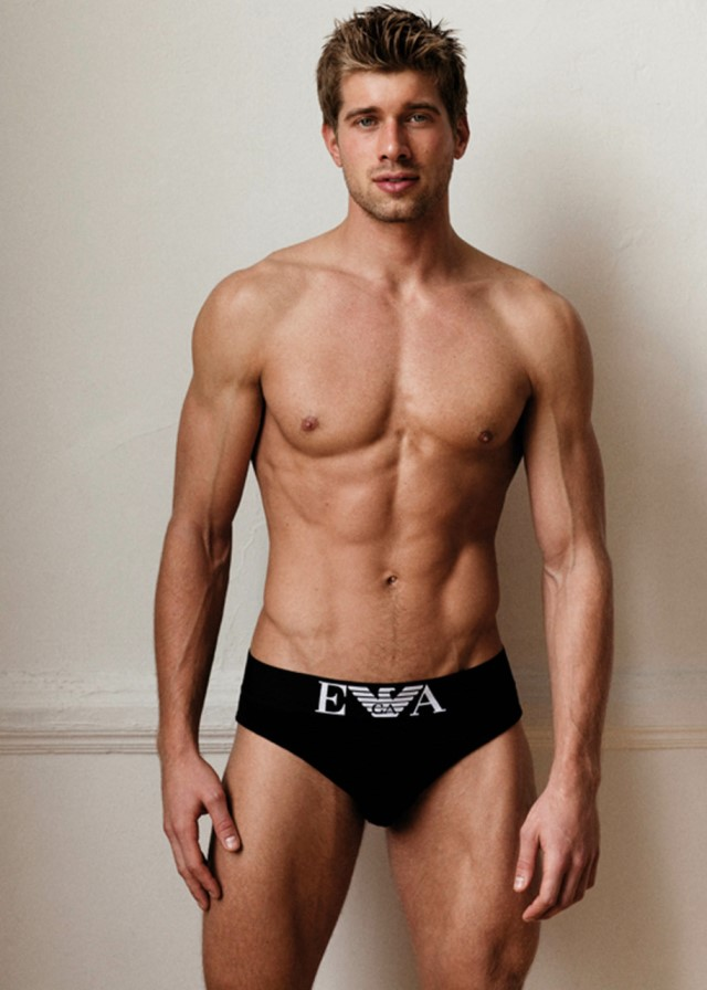 American fintess model Kris Kranz