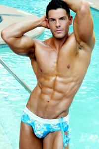 Naked swimmer hunk Eric Turner