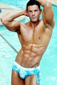 Naked swimmer hunk Eric Turner