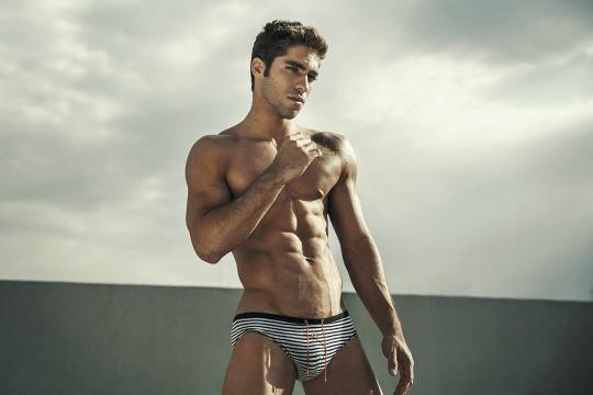 Stunning fitness model Pedro Arnon