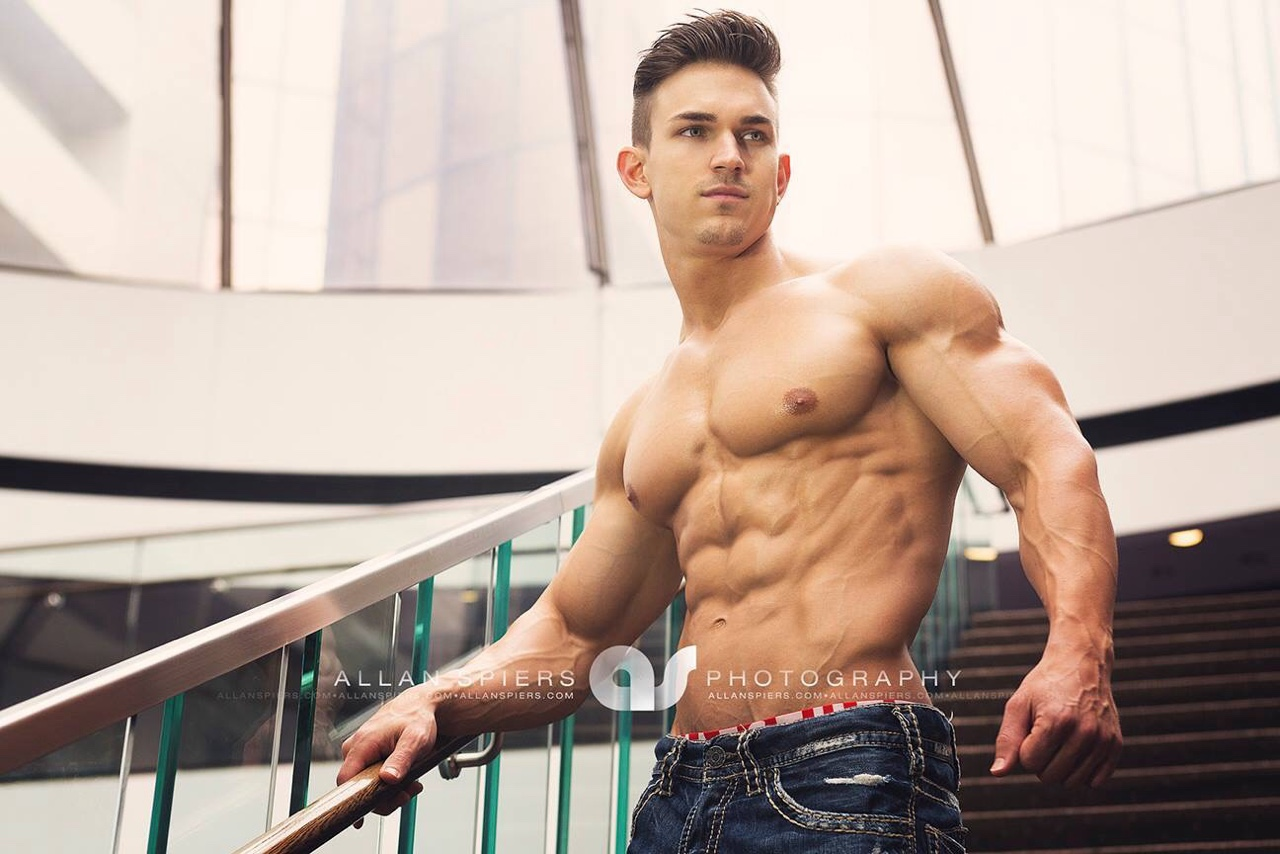 Stunning muscle male model
