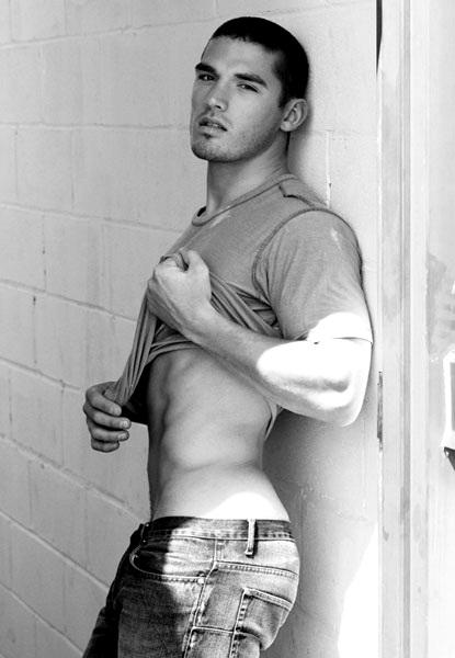 fitness nale model Kerry Degman