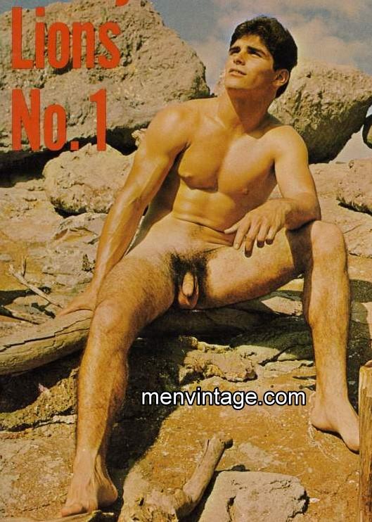 muscle men nudist