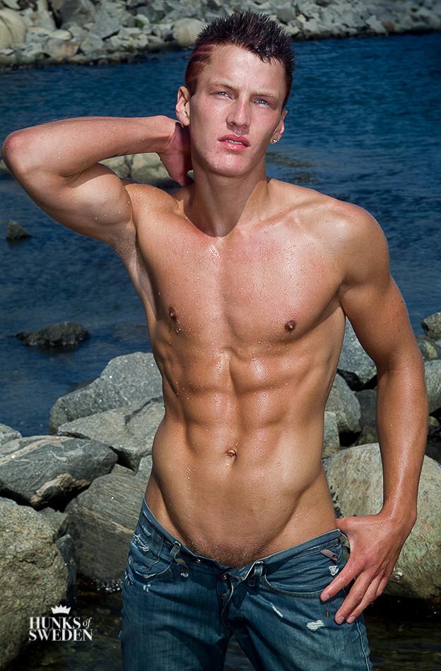 Sexy Swedish boy naked