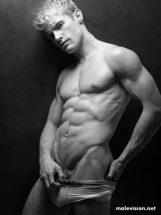 Brody Harris hot model