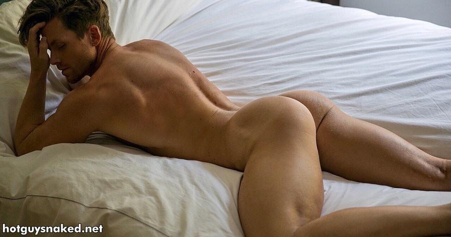 Steve Dehler showing butt